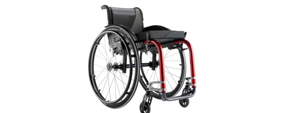 Chaise roulante pliable