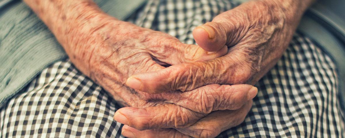 Accompagner un senior en fin de vie